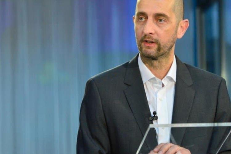 CEO - ul Terapia, Dragoș Damian, le transmite șefilor PNL ca prețul energiei electrice s-a dublat