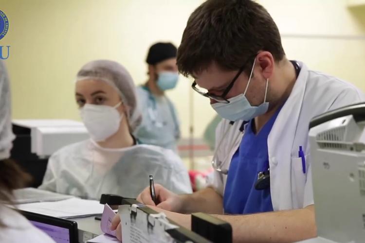 Platoul pandemiei COVID-19 va fi atins în această săptămână, spun cercetătorii UBB Cluj-Napoca
