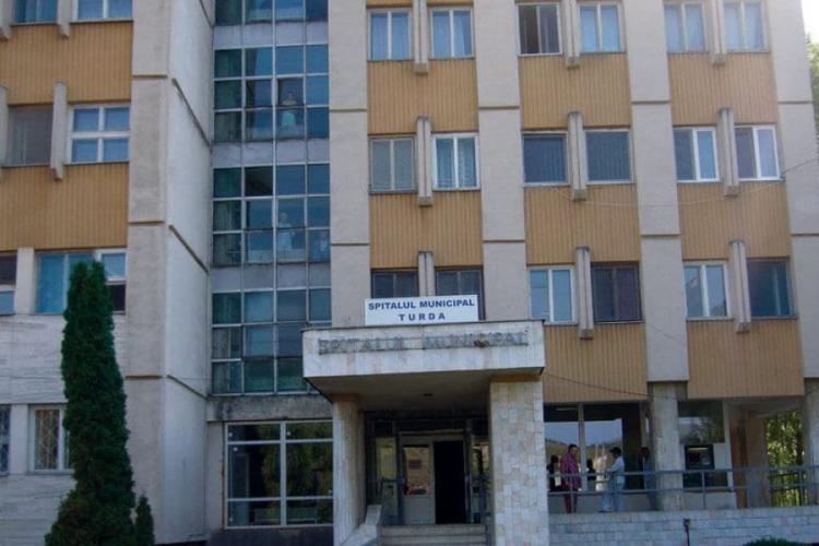 Medici și pacienți cu COVID la Spitalul din Turda
