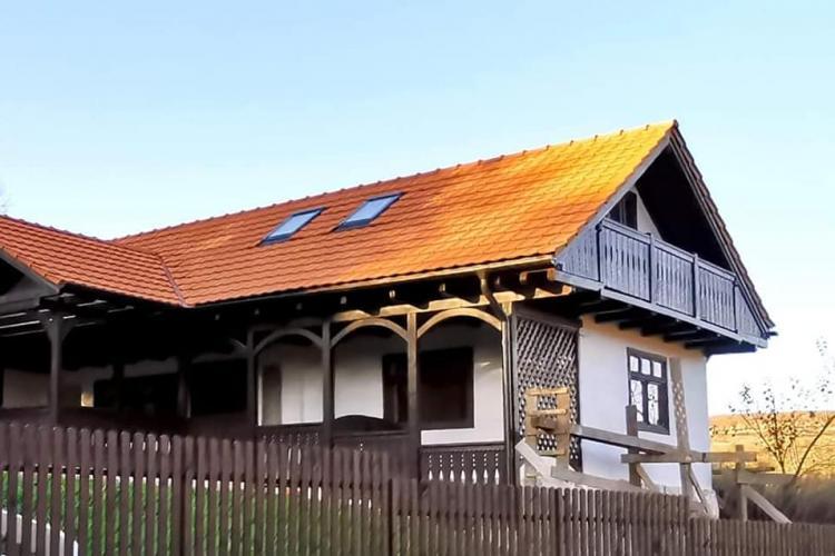 """O altă """"bijuterie"""" de casă, identificată în județul Cluj: Bravo proprietarilor! Clujul rural are nevoie de așa oameni - FOTO"""
