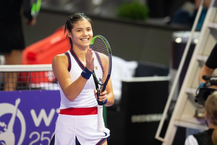 Emma Răducanu, victorie entuziasmantă la Cluj, la Transylvania Open: Mă simt acasă, în România. Îmi plac sarmalele