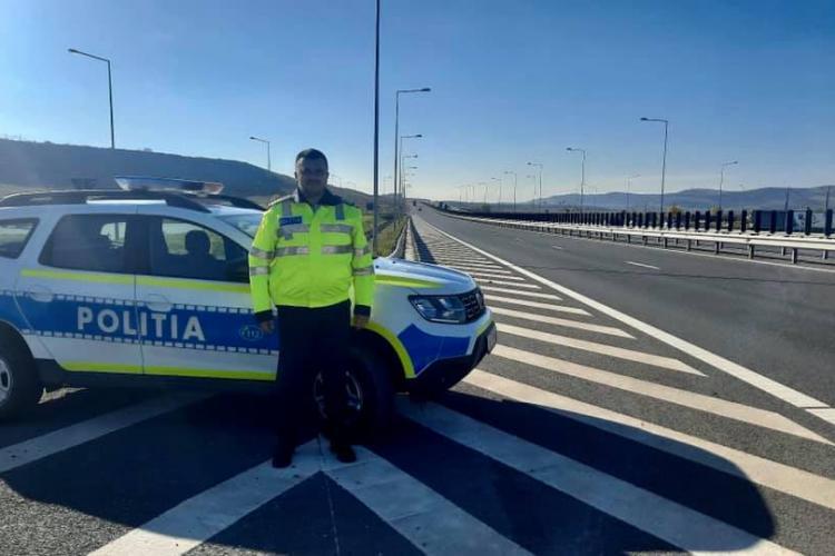 Un polițist din Cluj a făcut o faptă bună! A plătit 100 de litri pentru un șofer rămas în pană de motorină pe Autostrada Transilvania - FOTO