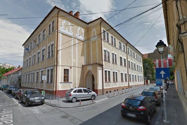Un grup de elevi maghiari din Cluj a câștigat un proces pe discriminare cu Inspectoratul Școlar și Ministerul Educației