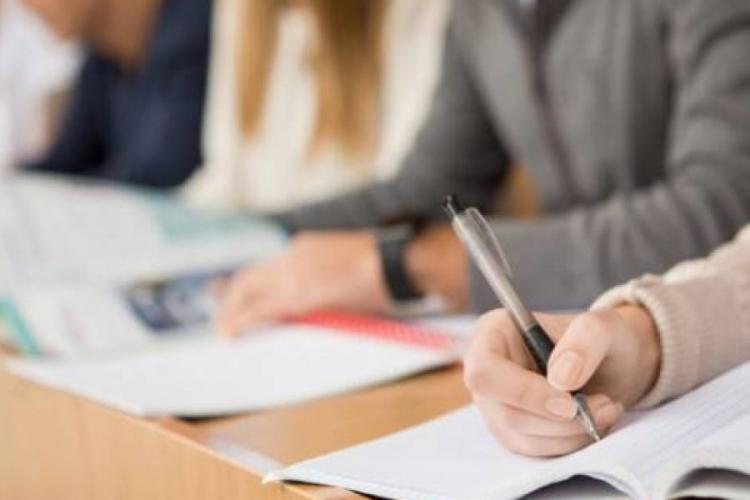Clujul are cea mai bună rată de promovare din țară la examenul pentru ocuparea posturilor de directori în școli
