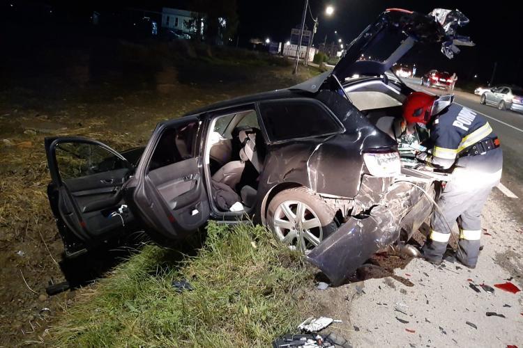 Accident rutier la intrare în Jucu. O mașină s-a făcut praf - FOTO