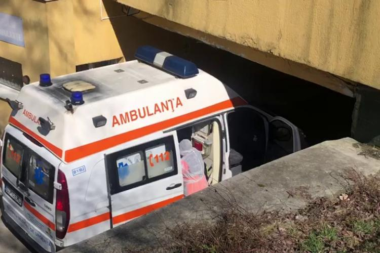 Ambulanța Cluj este sufocată de cazurile COVID. Sunt în așteptare 250 de cereri de testare