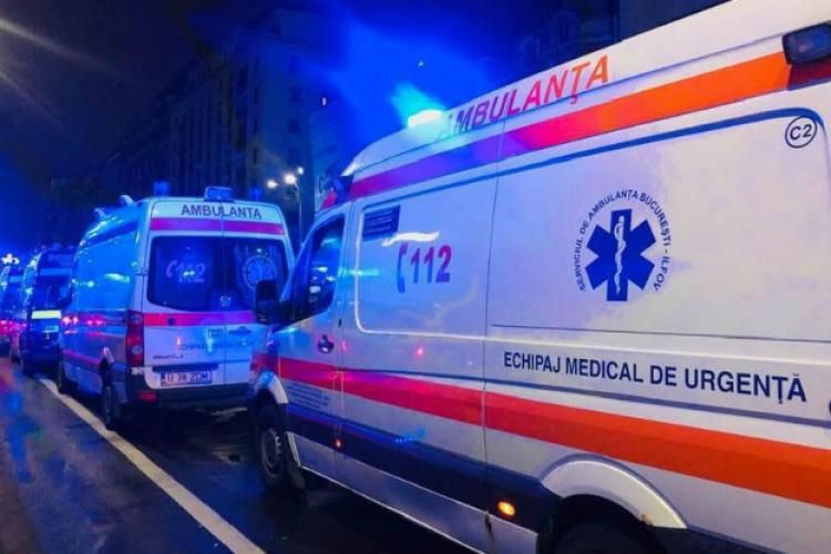 Cluj: A așteptat 3 ore degeaba după o ambulanță. Adevărul e că echipajele sunt blocate cu cazurile de COVID