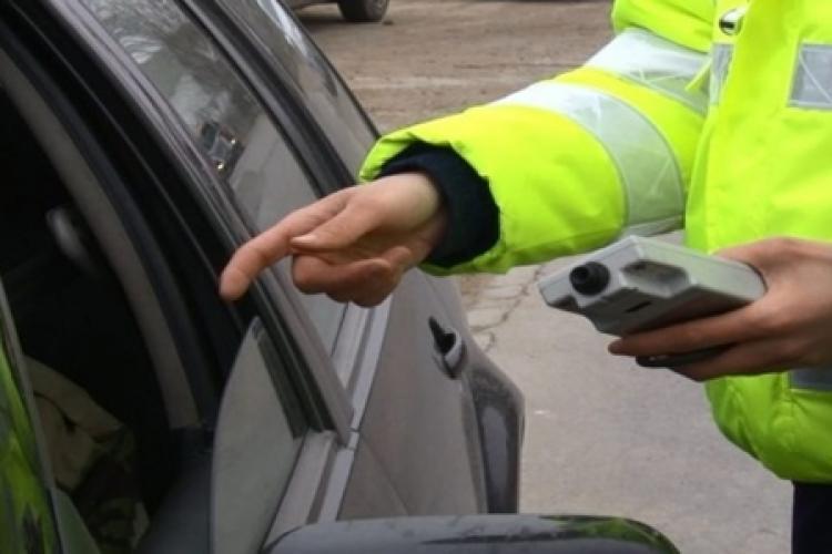 Un șofer de 45 de ani circula mort de beat prin cartierul Grigorescu