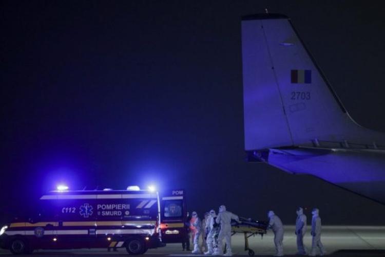 O pacientă cu COVID-19 a murit în timp ce era transferată din România în Ungaria