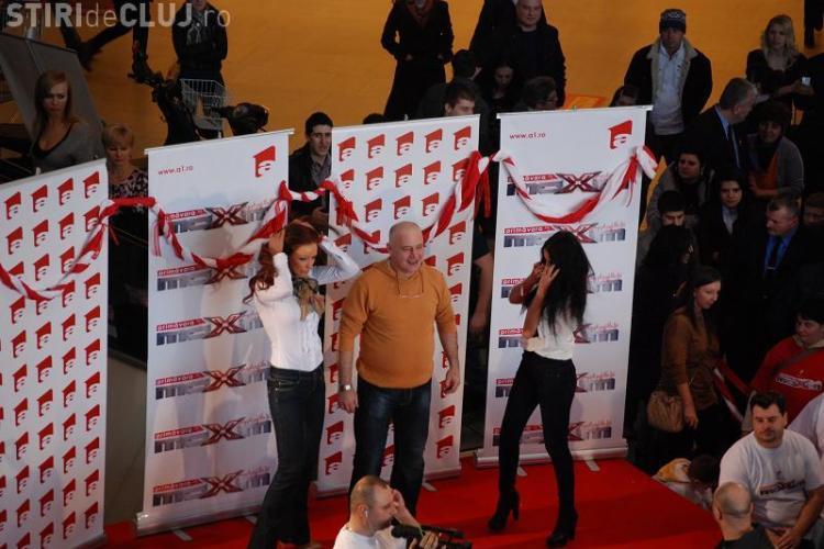 Bianca Dragusanu si Daniela Crudu fac atmosfera la Iulius Mall! VEZI FOTO