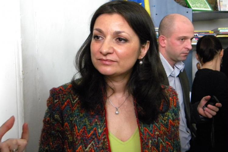 Ministerul Educatiei avertizeaza: Primarii care nu deconteaza transportul profesorilor navetisti risca sa piarda alegerile!