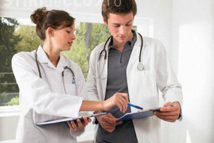 700 de medici si-au depus documentele la DSP Cluj, in ultimul an, pentru a pleca la munca in strainatate!