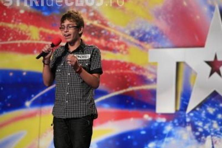 """Voce de aur la """"Romanii au talent""""! Narcis Iustin Ianau calca pe urmele celebrei Susan Boyle - VIDEO"""