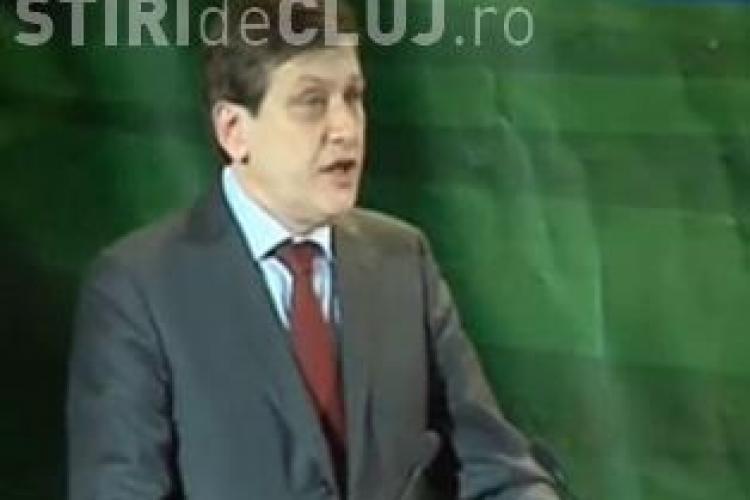 """Crin Antonescu """"detesta"""" Guvernul Boc, dar perie UDMR la congresul de la Oradea! - VEZI tot discursul liderului PNL - VIDEO"""