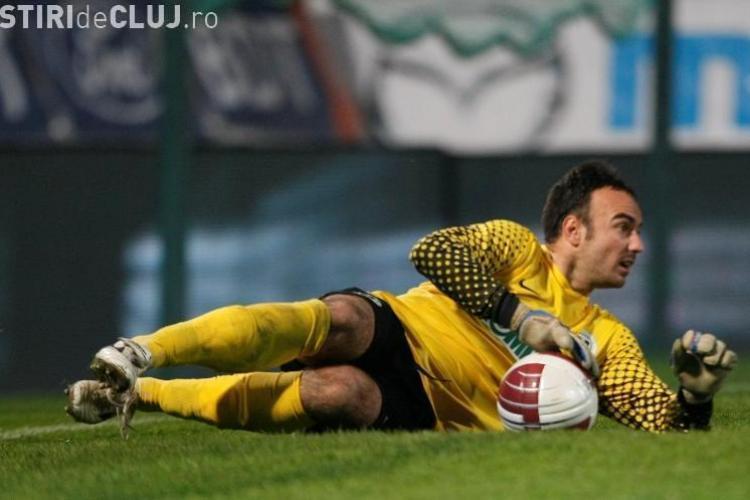 Fostul portar al Universitatii Cluj, Sebastian Hutan, a semnat un contract cu Poli Iasi