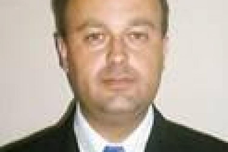 Consiliul Judetean Cluj, obligat de instanta sa angajeze un director concediat de Ministerul Agriculturii