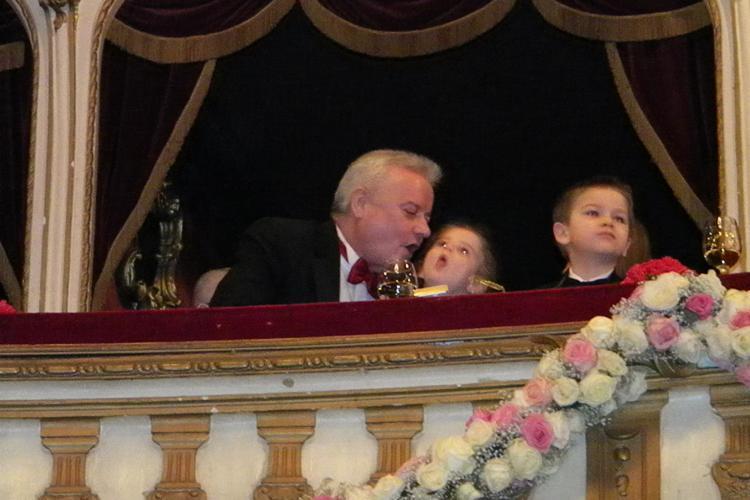 Irinel Columbeanu a venit la Balul Operei de la Cluj numai cu fiica lui Irina! Monica e plecata in SUA - FOTO