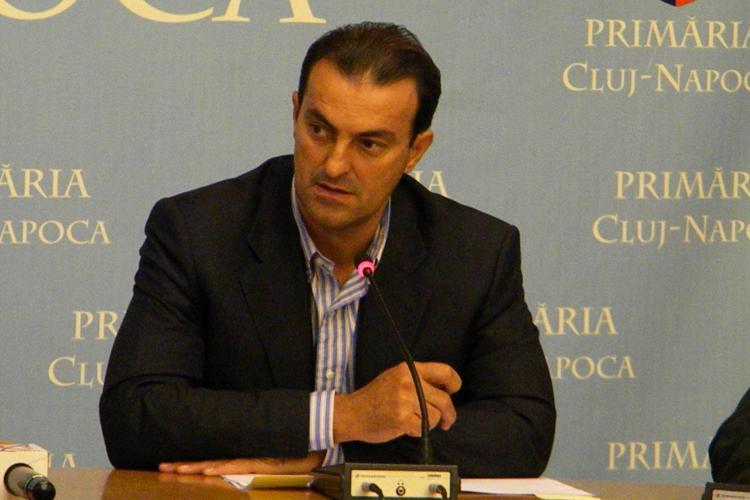 Primarul Sorin Apostu catre PSD -isti: Am anuntat ca vrem sa cumparam veste pentru politia locala, nu ca le cumparam!