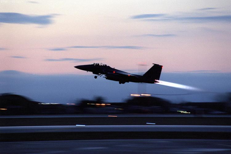 NATO ar putea interveni in urmatoarele ore in Libia. Vezi tarile care vor participa la interventie!