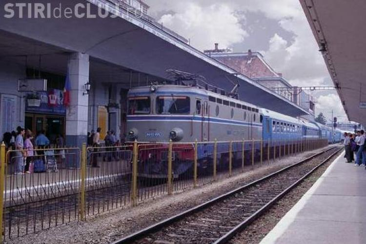 Greva in Gara Cluj! 20 de trenuri au fost blocate doua ore in judet din cauza protestelor - Vezi ce nemultumiri au ceferistii VIDEO