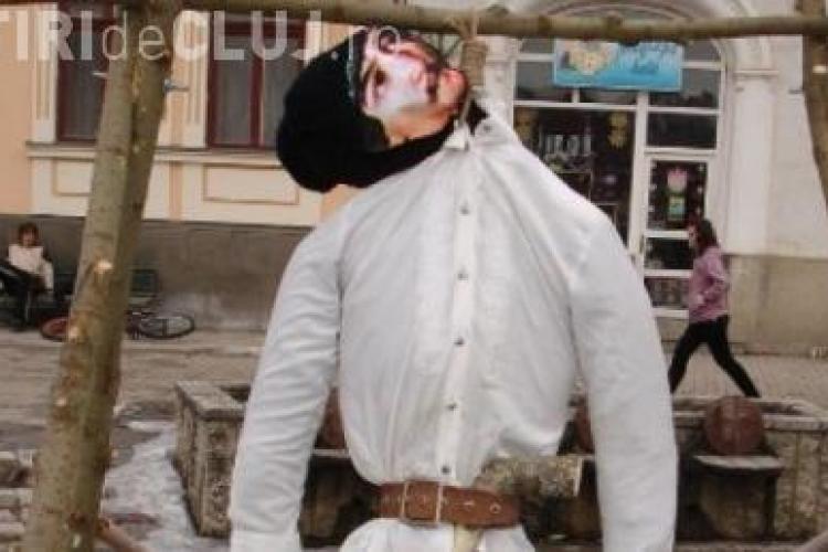 Csibi Barna, cercetat disciplinar dupa ce l-a spanzurat pe Avram Iancu - VIDEO