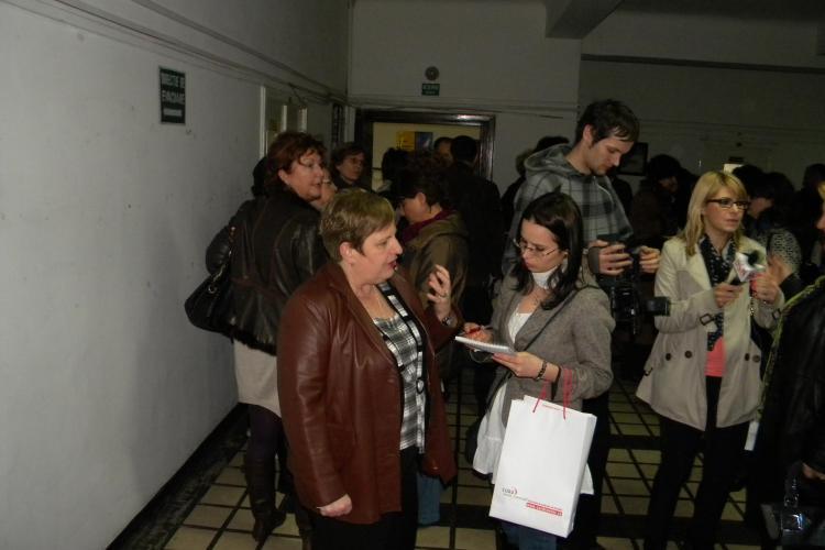 Medicii de familie din Cluj au cerut in grup certificate pentru a munci in strainatate! - Galerie FOTO