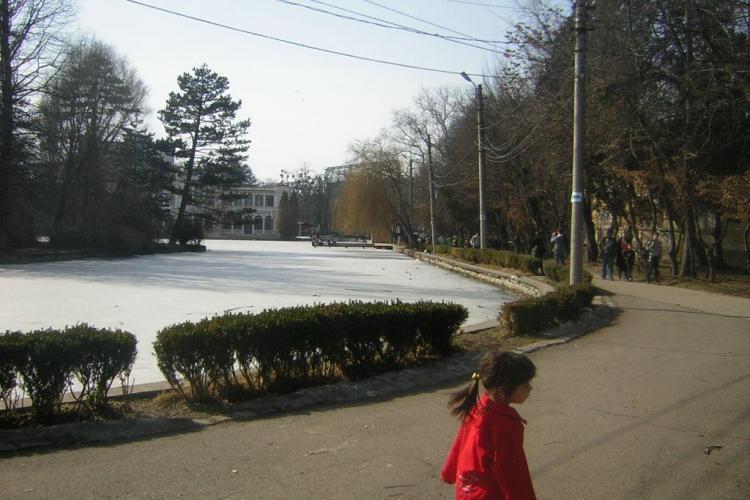 Rasimo si Rosal intretin spatiile verzi si lacurile din Cluj inca doi ani si jumatate