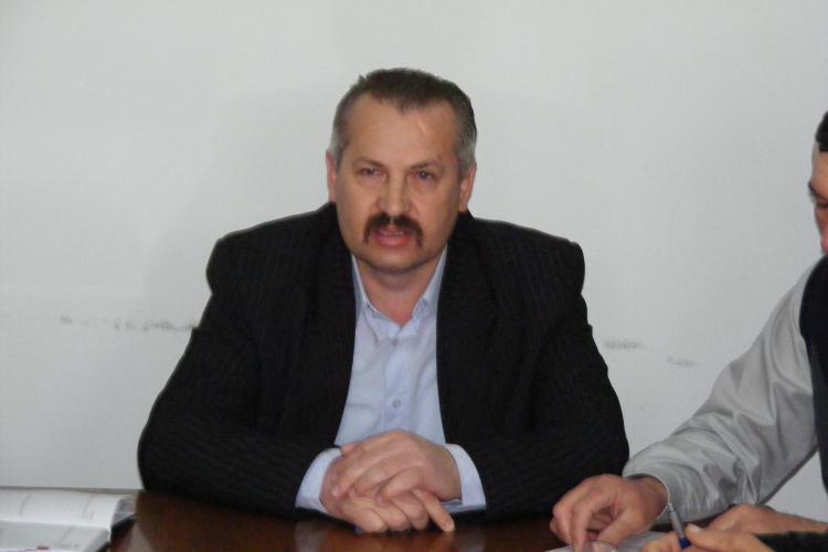 Petru Toadere a fost repus in functia de primar in Calatele, desi este condamnat pentru trafic de influenta - FOTO