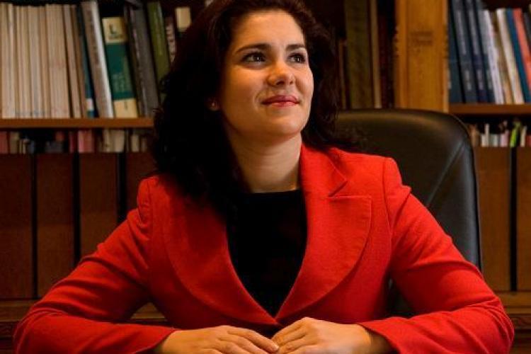 """Avocatul Laura Pop, vicepresedinte PSD Cluj, acuzat ca a primit 10.000 de euro imprumut si a """"uitat"""" sa ii restituie!"""
