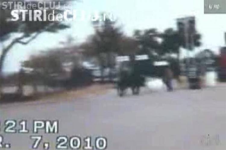 "Un taur a ""evadat"" din arena de rodeo si a creat panica in Huston - VIDEO"