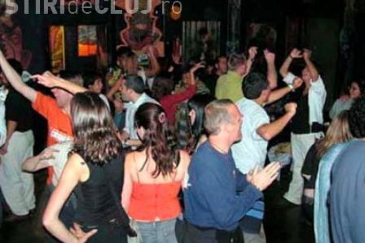 Razie in discotecile din Gilau. Politistii clujeni au pus capat unui chef cu muzica piratata