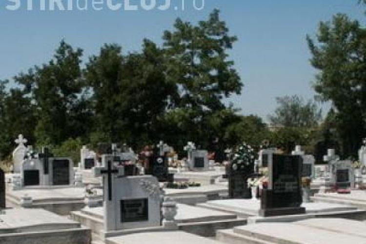 """Un loc de veci in cimitirele din Cluj-Napoca se vinde la """"negru"""" cu 8.000 de lei"""