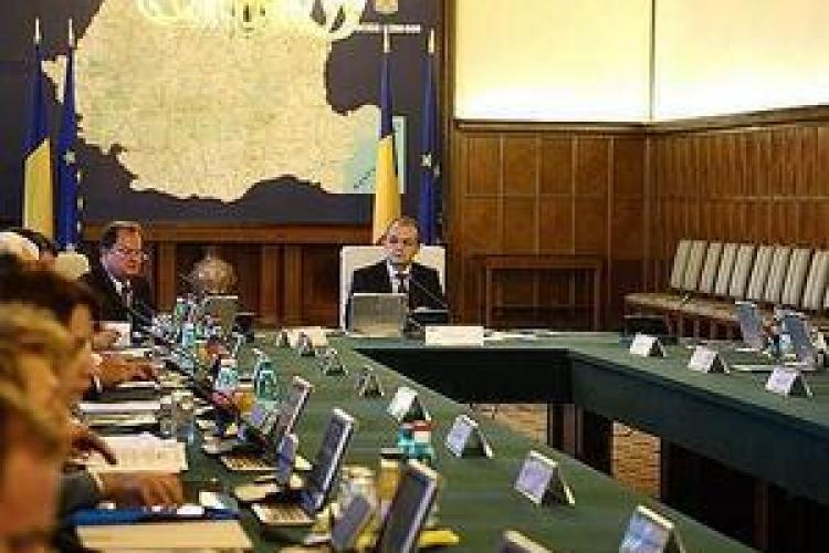 Boc ii ameninta pe ministri cu remanierea! Principalii vizati:  Vladescu si Seitan