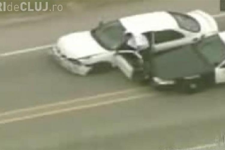 VIDEO - Urmarire spectaculoasa in SUA. Un sofer care a incercat sa scape de politie a fost in cele din urma impuscat