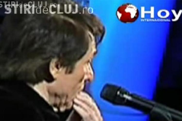 I-a picat un dinte din gura in timp ce canta - VIDEO