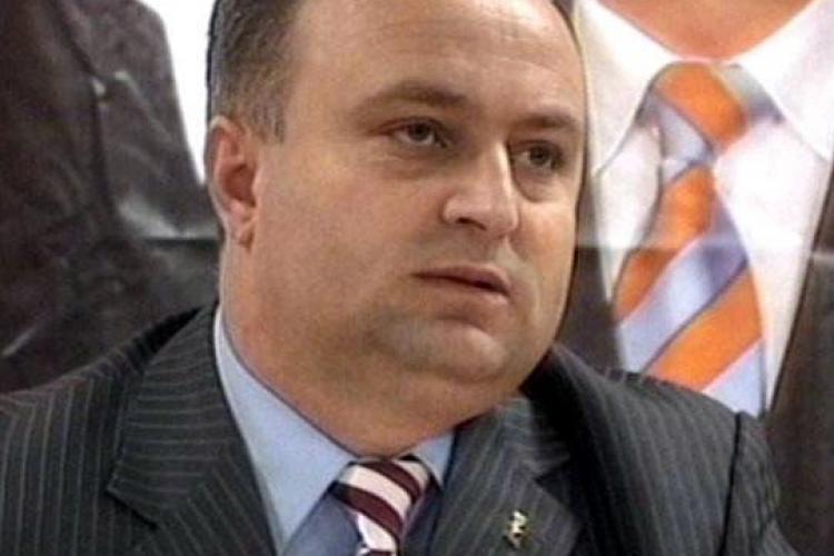 """Dezvaluiri despre """"sexgate - ul"""" de la Cluj. Petru Calian, acuzat ca a incercat sa forteze o tanara sa intretina relatii sexuale cu el"""