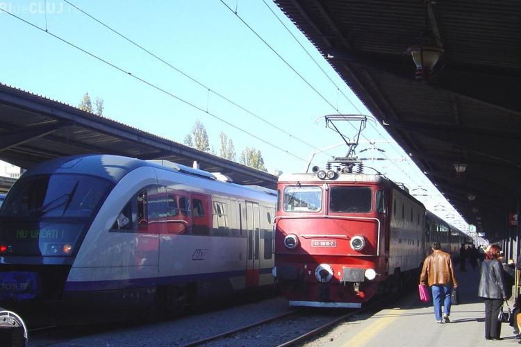 Intarzieri intre 300 si 500 de minute la cinci trenuri care veneau spre Cluj