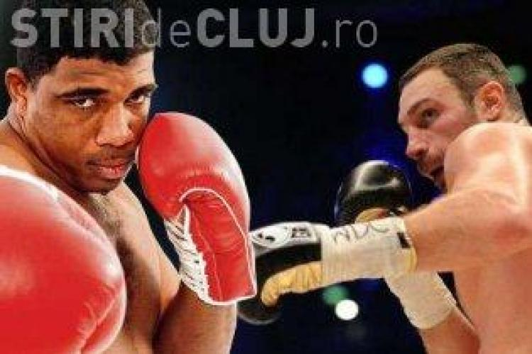 Vitali Klitschko l-a facut KO pe Odlanier Solis in prima repriza!
