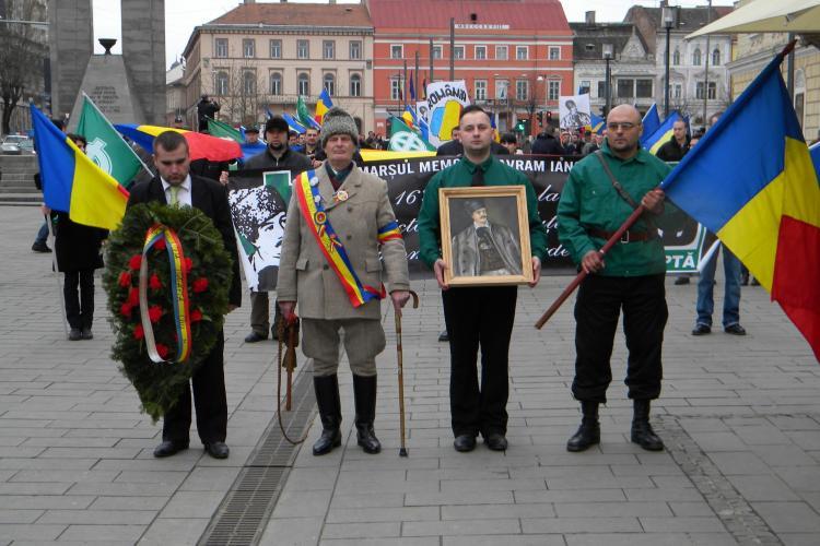 Circa 200 de clujeni au participat la marsul organizat de Noua Dreapta - VIDEO si FOTO