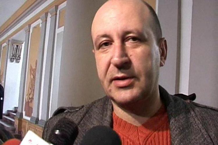 """Vamesul Alain Modrea, acuzat de luare de mita: """"Cartonasele nu inseamna bani, ci materiale pentru suporteri!"""" - VIDEO"""