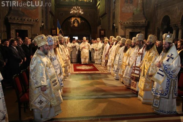 Ceremonia de intronizare a Mitropolitului Andrei Andreicut incepe la ora 12.00!
