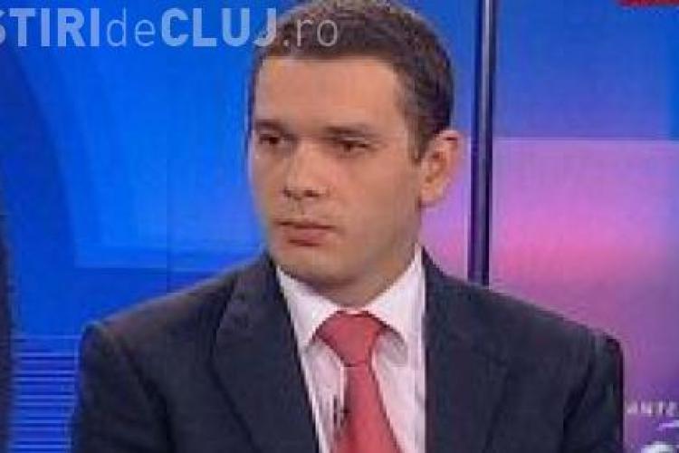 Europarlamentarul clujean Rares Niculescu, dat in judecata de sotie, care ii contesta paternitatea!