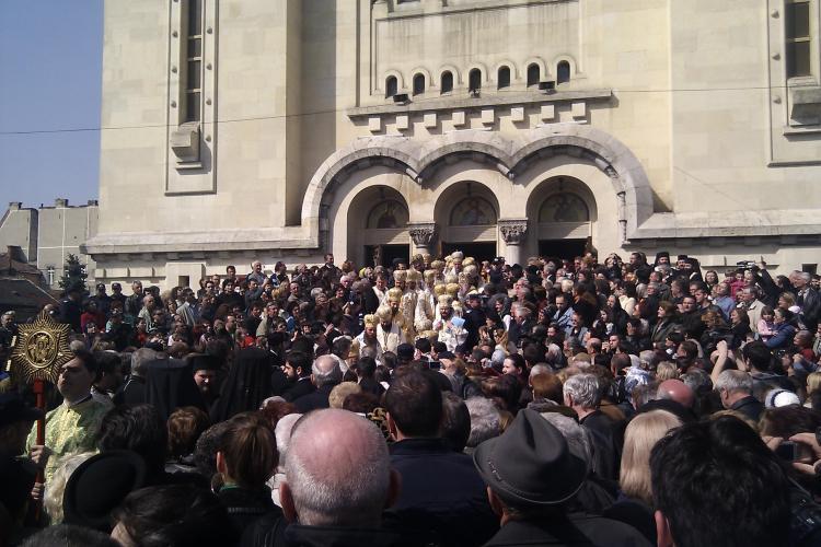 Avem Mitropolit! IPS Andrei Andreicut a fost uns pe scaunul mitropolitan de Patriarhul Daniel! VEZI ceremonia - VIDEO