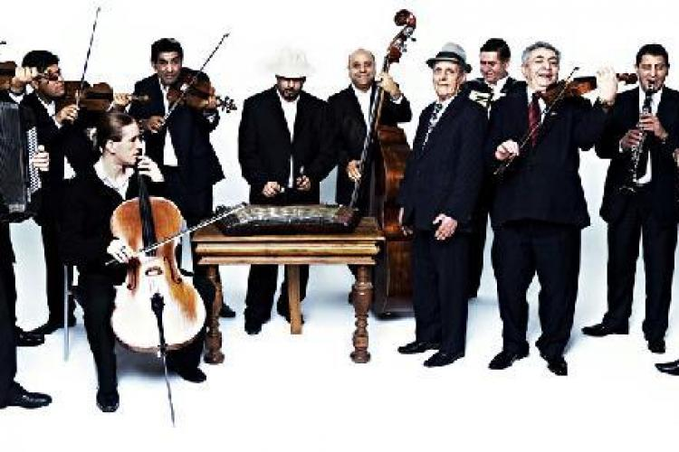 Taraful Haiducilor din Clejani canta la Cluj, in iunie, la International Romani Art Festival