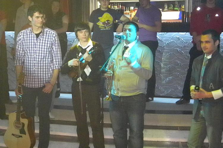 "Trei instrumentisti din Basarabia au cucerit publicul la ""Studentii au talent"" - VIDEO"
