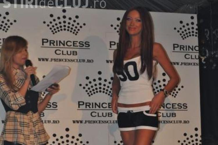 Vezi cum arata Bianca Dragusanu in tricoul echipei U Cluj!