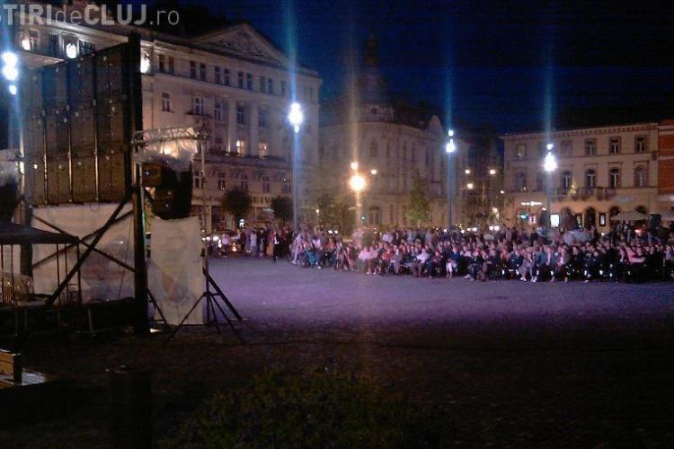 Spectacolul Tosca, transmis in direct in Piata Unirii, din Valencia! - VIDEO