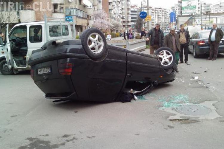 Vezi foto de la accidentul de la intersectia Calea Dorobantilor si Anghel Saligny - FOTO
