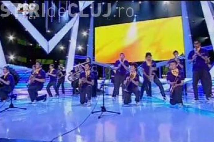 """Fanfara Rotaria Junior, spectacol plin de culoare la """"Romanii au talent"""" - VIDEO"""