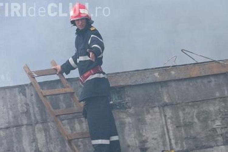 Trei copii au murit intr-un incendiu produs in Bucuresti